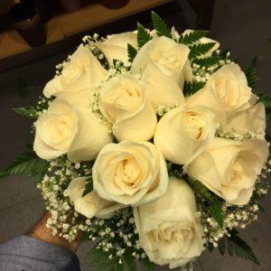 206-bouquet-pequeno-rosas-blancas-70e